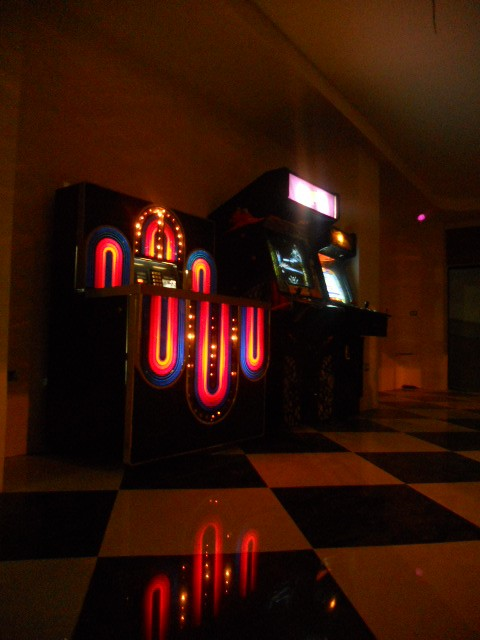 COSTA RICA JUKE BOX AND VIDEO GAMES CALL CENTER