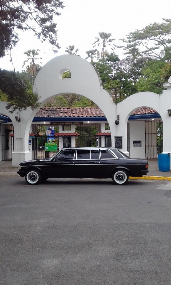 Parque Zoológico Nacional Simón Bolívar Barrio Amon COSTA RICA LIMO